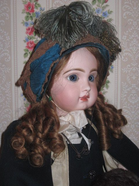 "28"" Size 13 Early French Tete Jumeau Bebe with Straight Wrists"