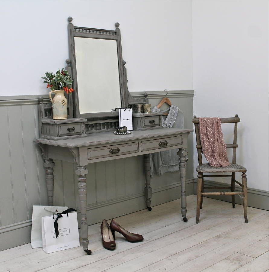 Victorian dressing table - Distressed Victorian Mahogany Dressing Table