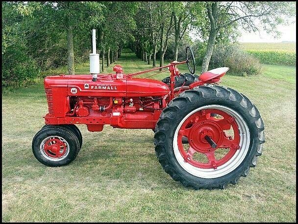 Pin By Charlene O Neill On All Farmall Farmall Tractors Tractors