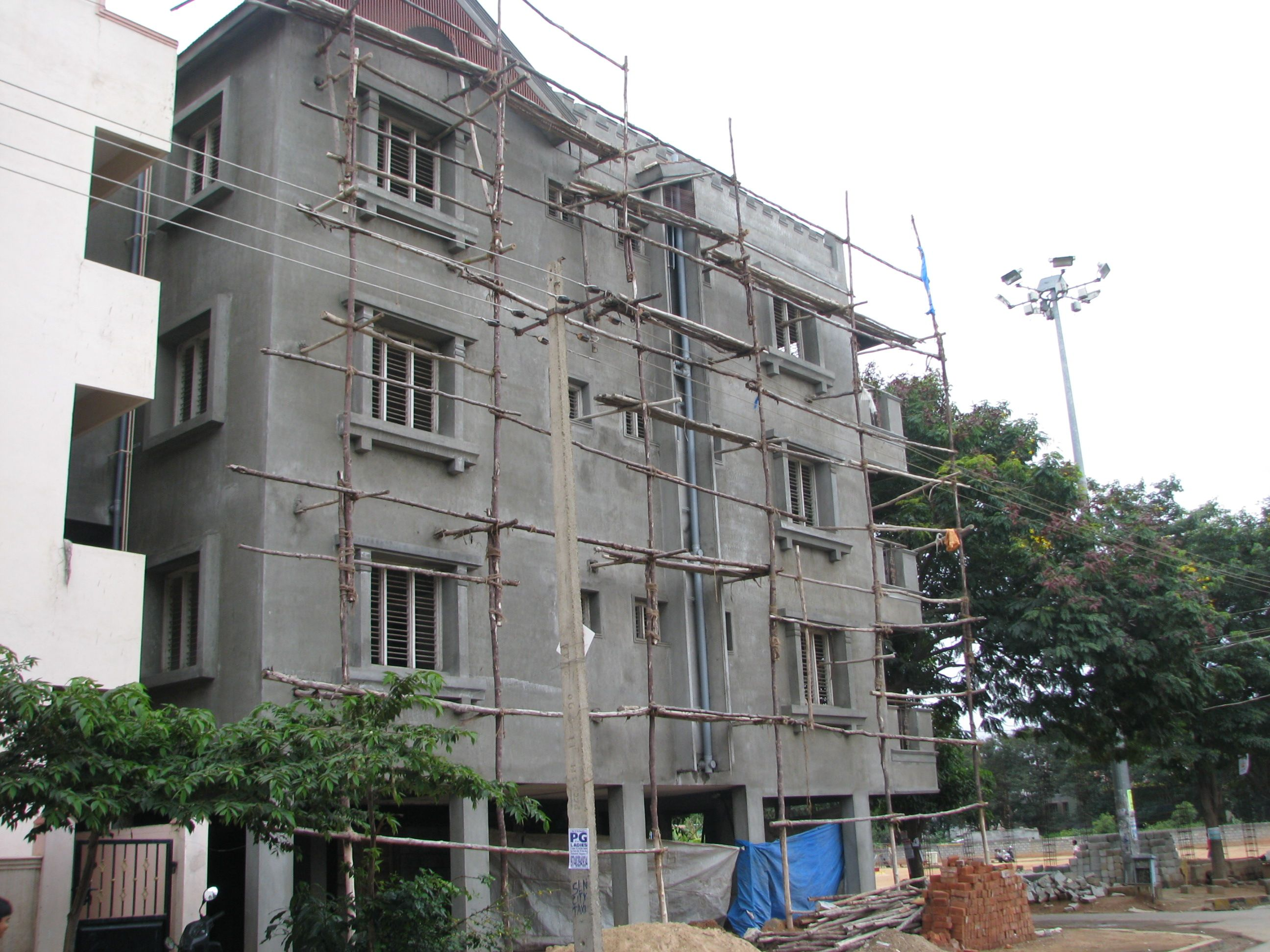 File Apartment Under Construction Near Aecs Layout Bbmp Contact Sarnia Apartment View Building
