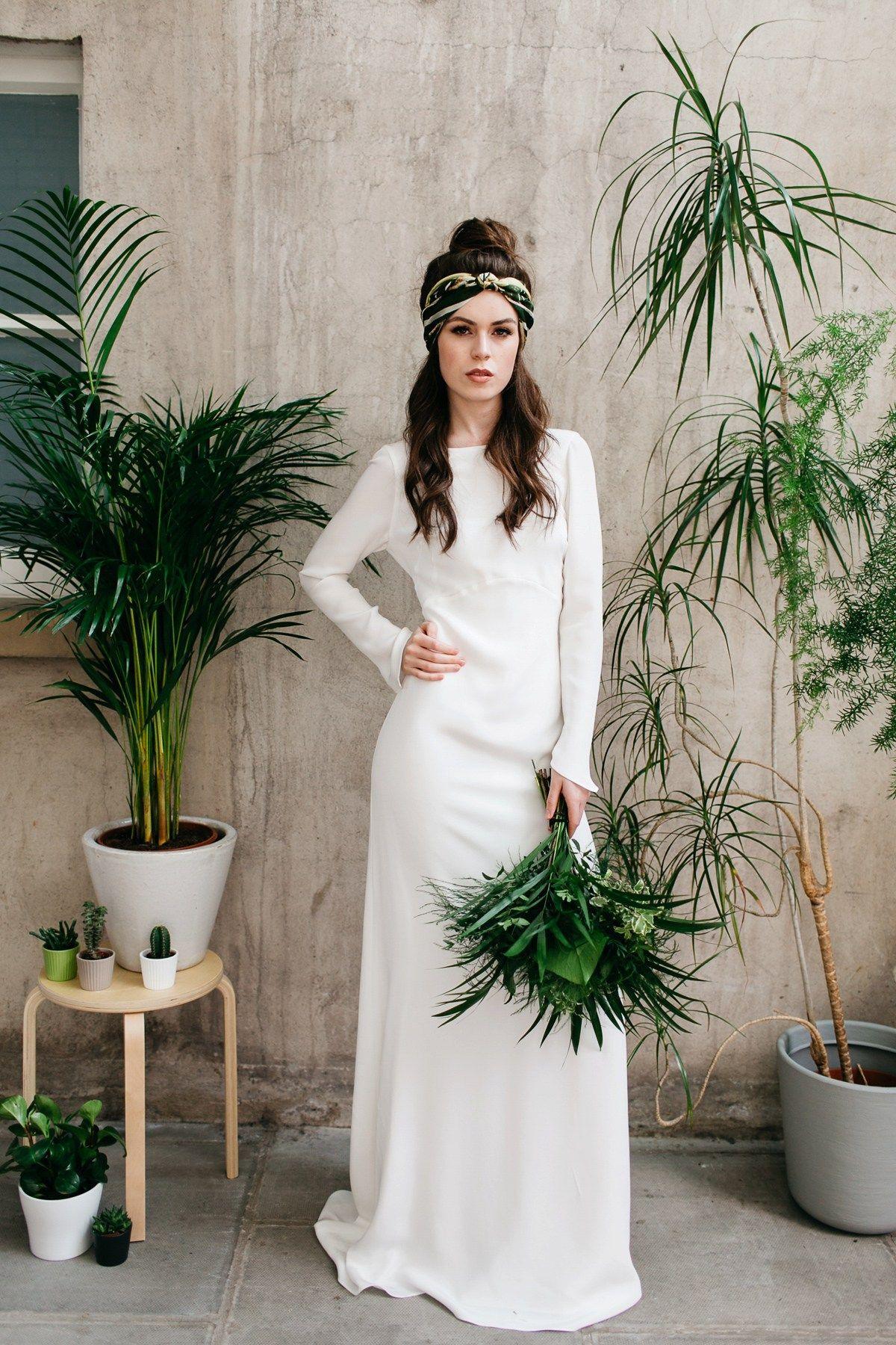 Fresh, Modern, Botanical and 1970's Inspired Bridal Style