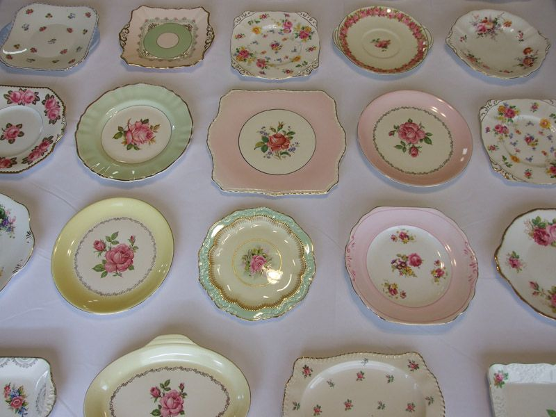 love vintage plates with roses