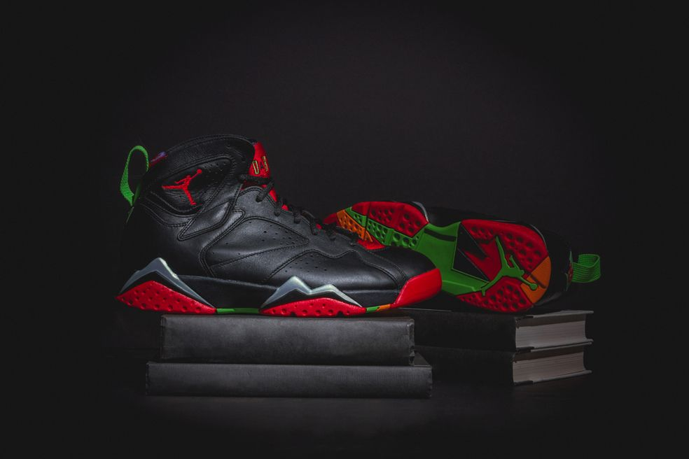 Air Jordan 7 Retro Marvin The Martian Airjordan Bugsbunny