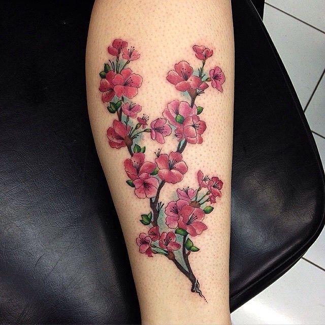 kirschbl te tattoo designs sind das symbol des nationalen. Black Bedroom Furniture Sets. Home Design Ideas