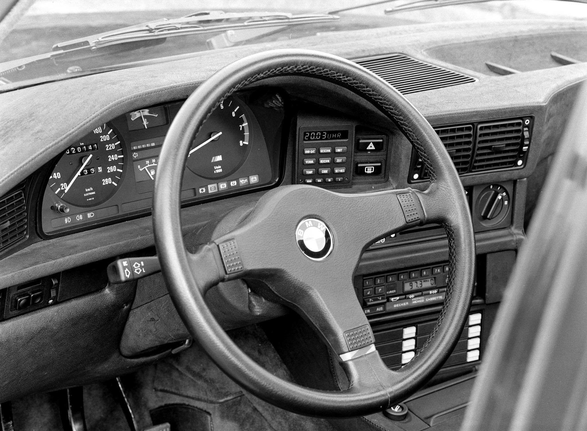 E28 BMW M5 - dashboard | BMW/Alpina | Bmw dealership, Bmw m5, Bmw e28