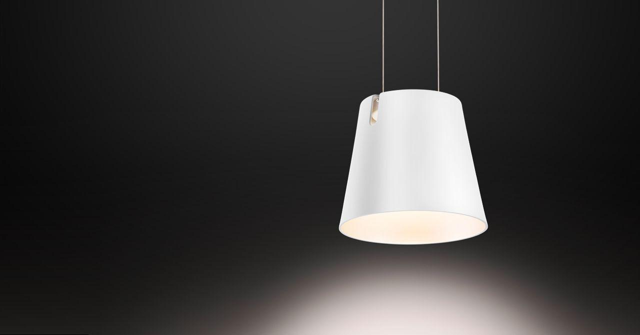 21x Bureaulamp Inspiratie : De fez d hanglamp van baltensweiler zweeft aan twee fijne draden