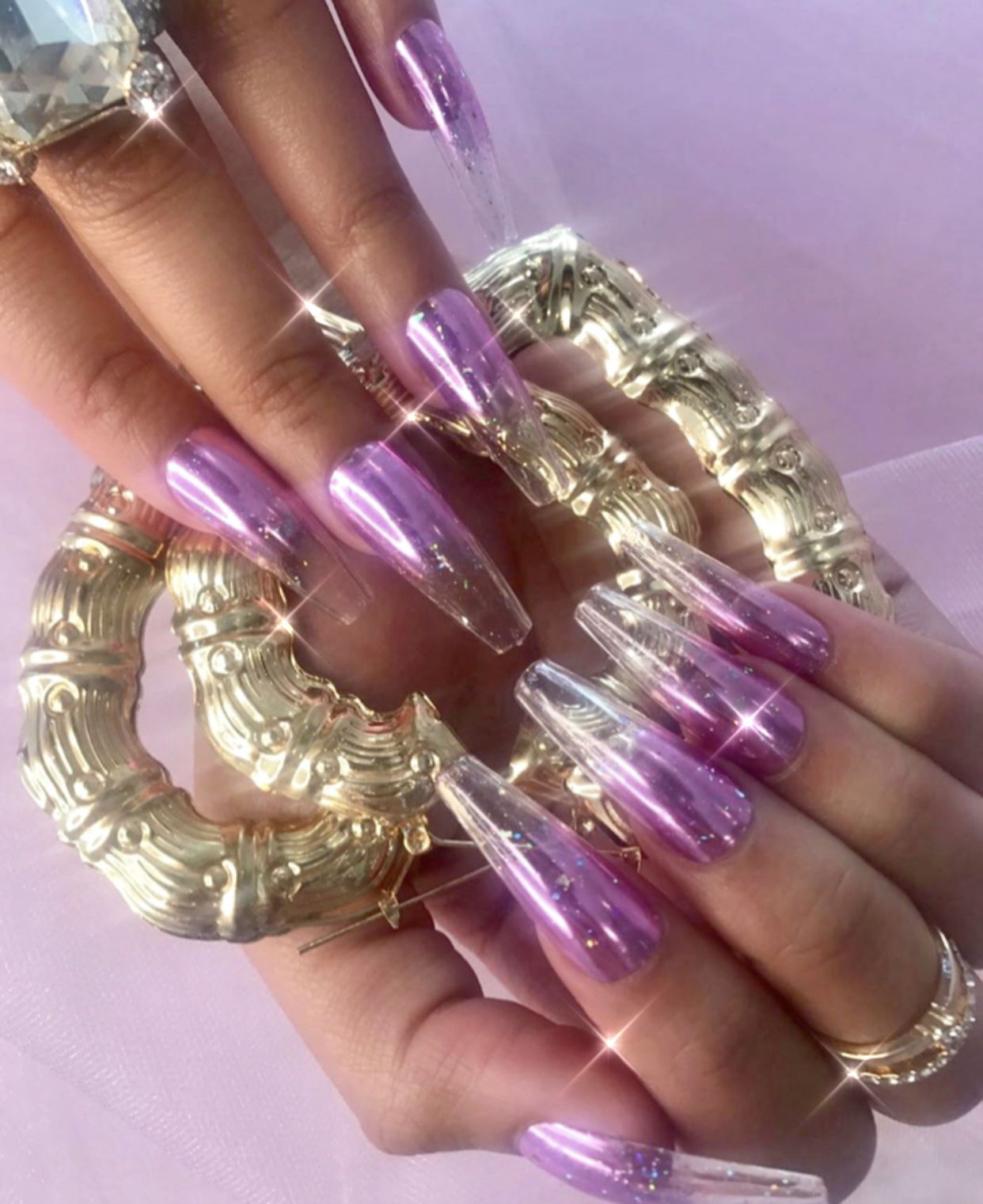 ️𝓚𝓪𝔂𝓵𝓪 𝓚𝓲𝓼𝓼 ️ Fashion nails, Prom queens, Purple aesthetic