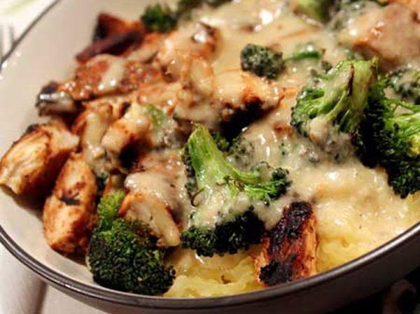 Skinny Chicken and Broccoli Alfredo   For My Gallant Knight... the recipe