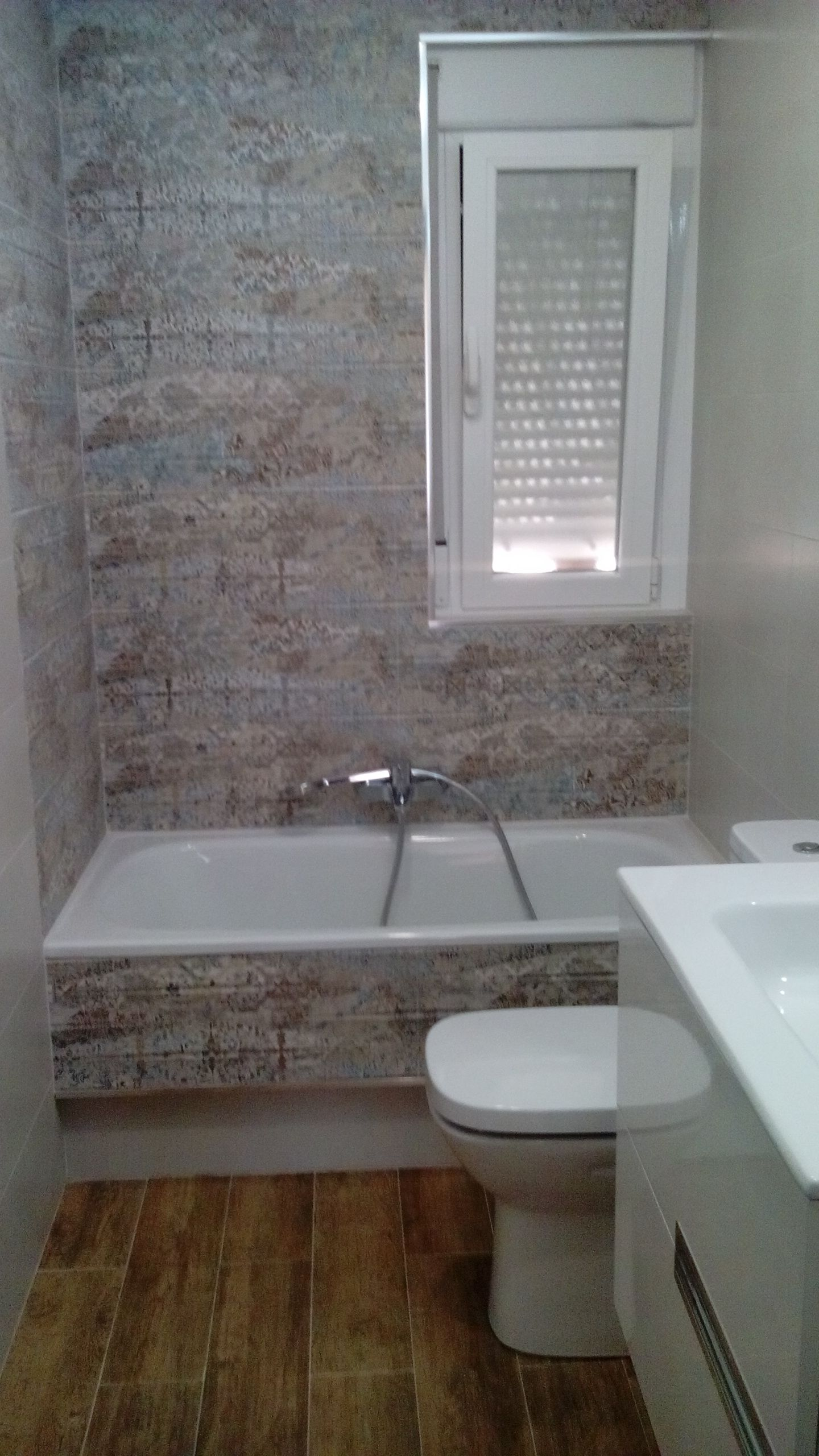 Bathroom Carpet Vestige Hill With Images Bathroom Carpet