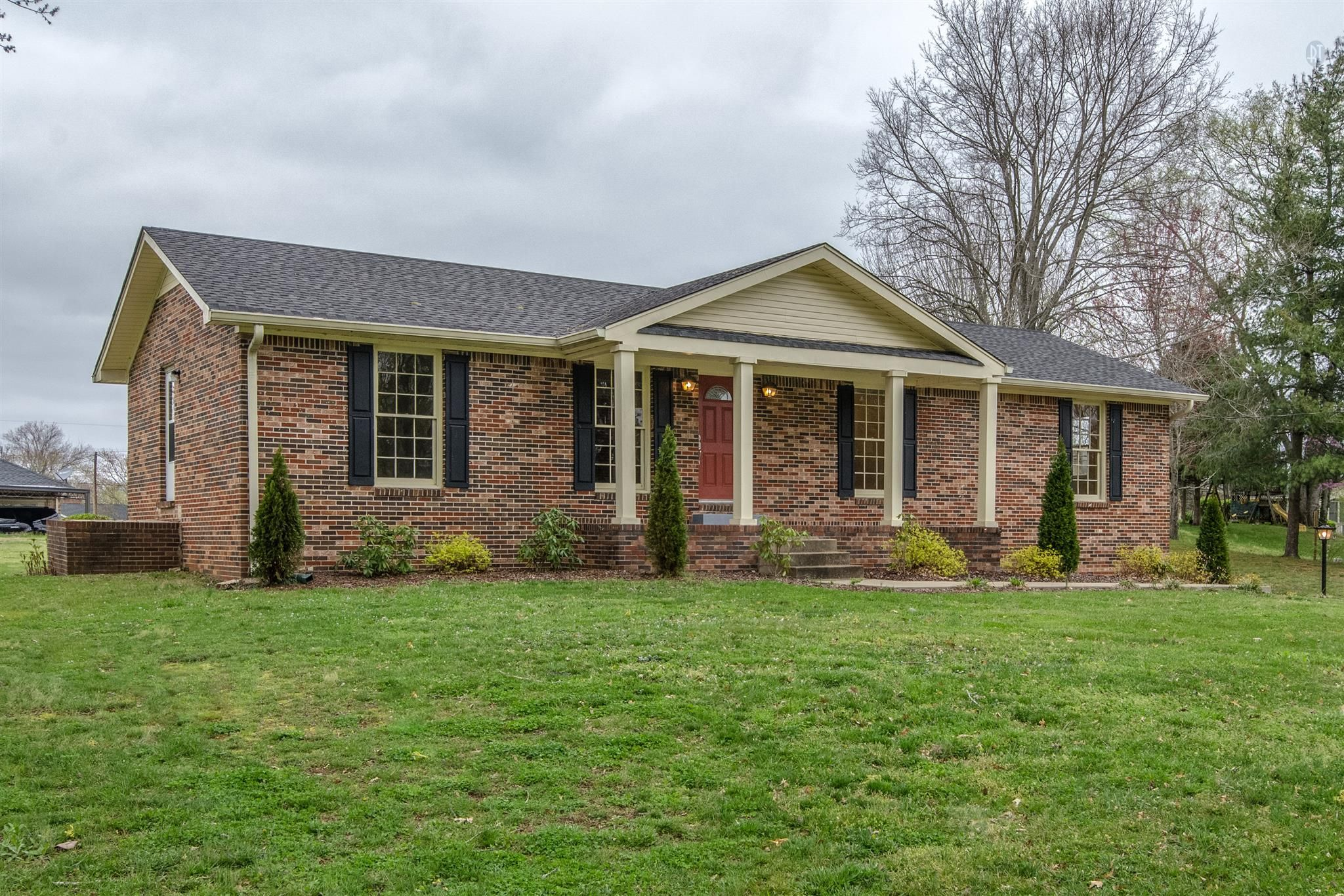 1410 Towson Dr Columbia Tn Property Details Search Spring Hill Tn Homes Estate Homes House Styles Property