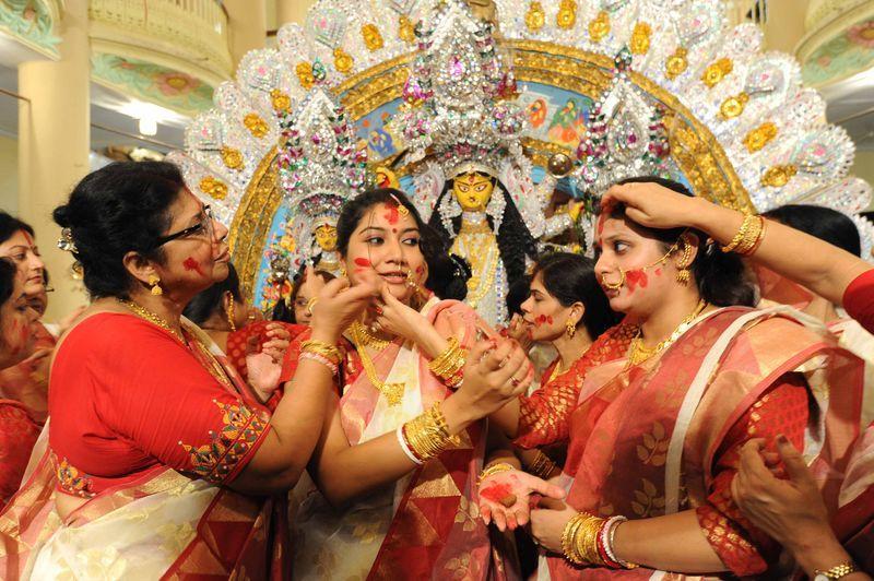 essay writing on durga puja in hindi