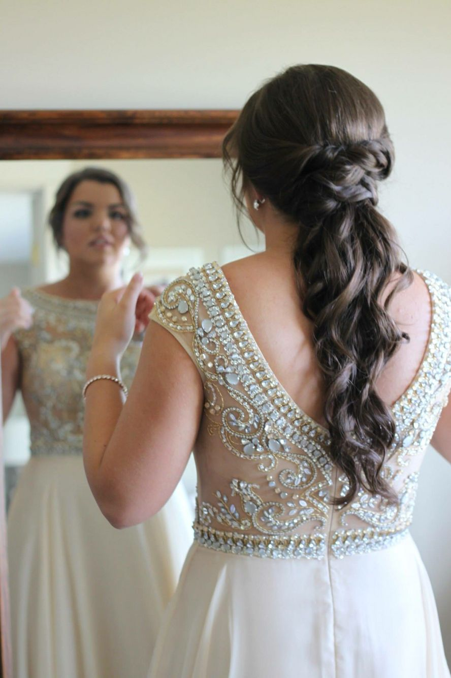 prom hair, curly ponytail, twisted ponytail, prom | wedding