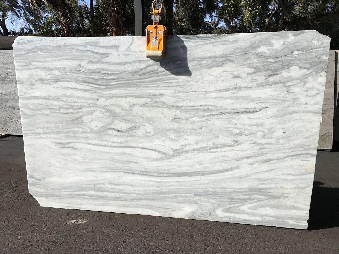 die besten 25 mont blanc granit ideen auf pinterest arbeitsfl chen quarz arbeitsplatten und. Black Bedroom Furniture Sets. Home Design Ideas