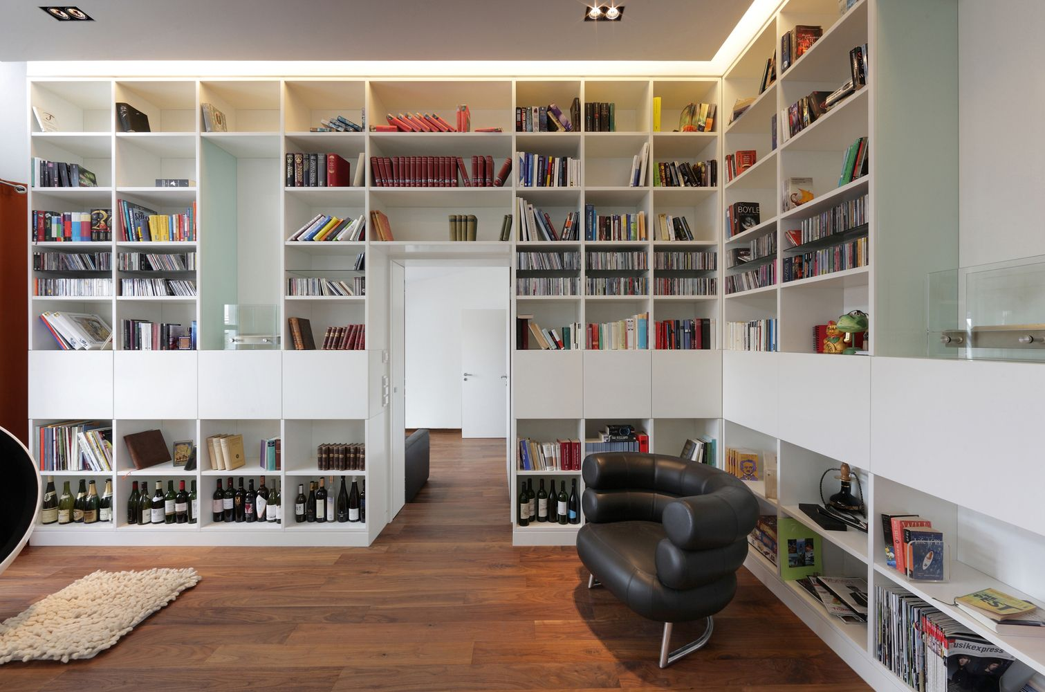 Gallery of Penthouse Apartment in Bielefeld / Architekten
