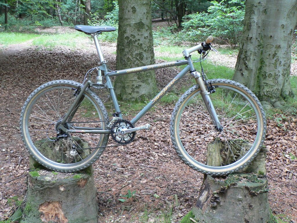 959fe510b63 1994 Specialized Stumpjumper FSR, my first full suspension bike was one of  these. Find this Pin and more ...