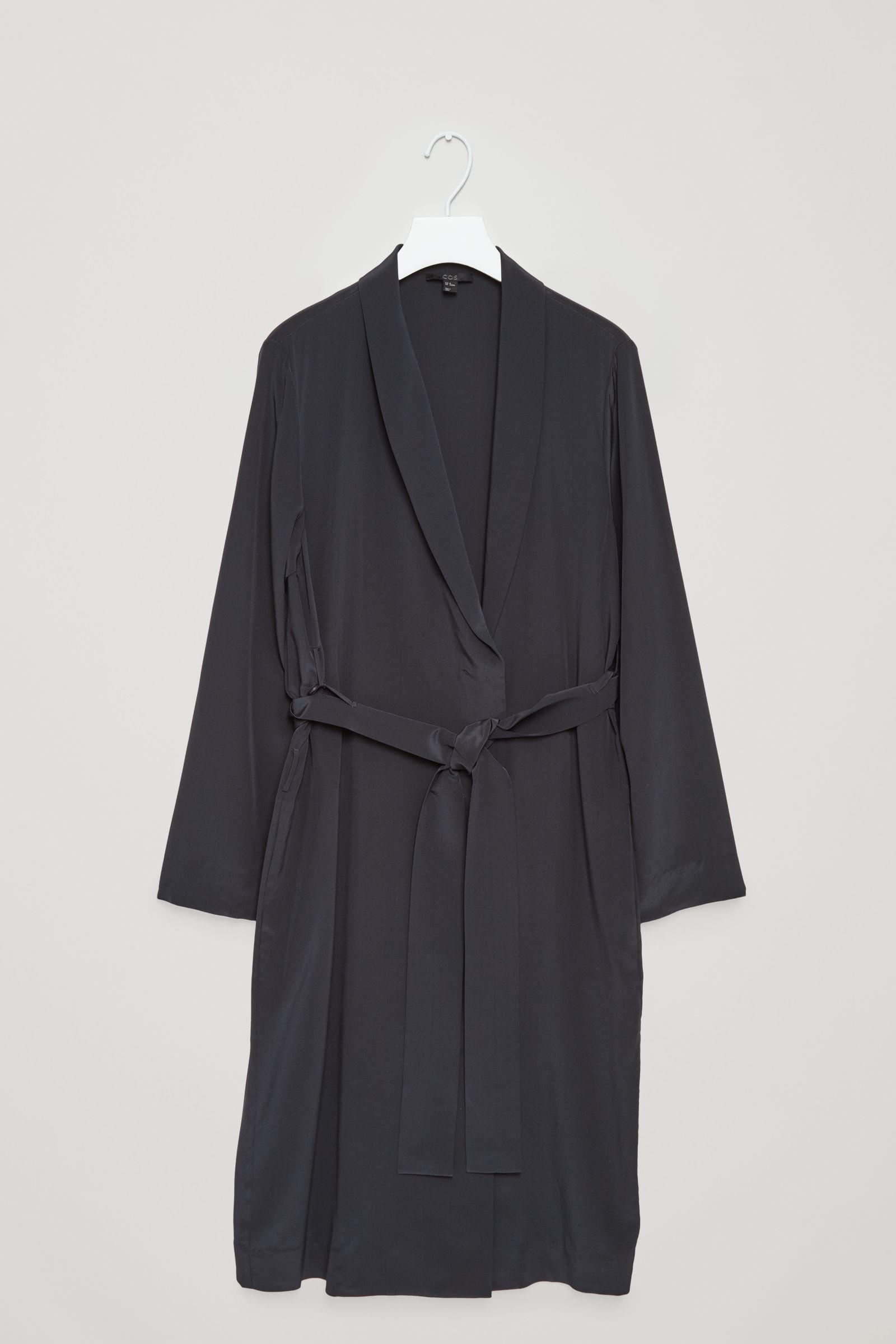 f2f8519b794cf COS | Silk blazer dress | Outfits / / Looks | Blazer dress, Fashion ...