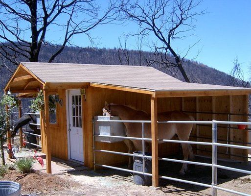10 X 12 Hay And Tack Shed With Lean To Roof Cover Yelp In 2020 Small Horse Barns Diy Horse Barn Horse Shed