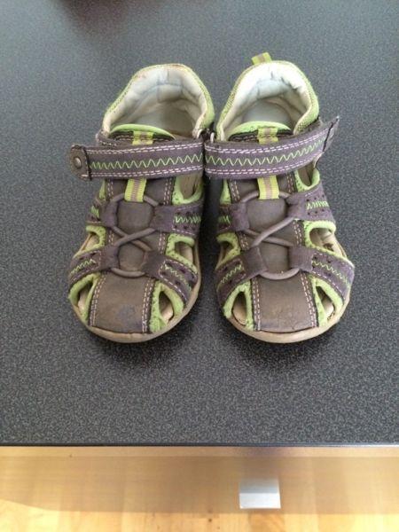 Sommer Schuhe für Jungen in Berlin Lichtenberg
