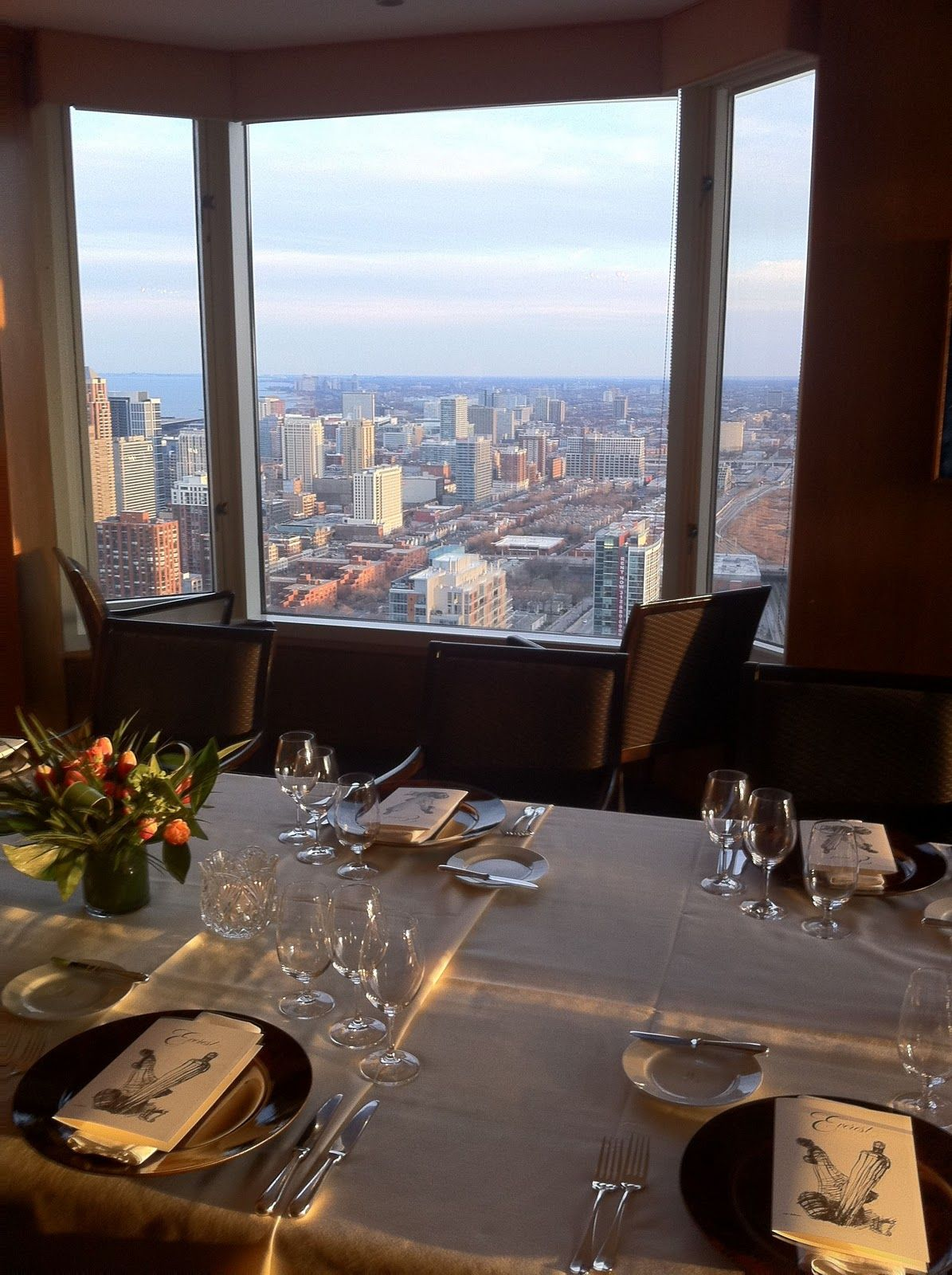 Everest Chicago Illinois Alsatian Influenced French Prix Fixe Menu One Of America S Premier Restaurants Located On The 40th Floor
