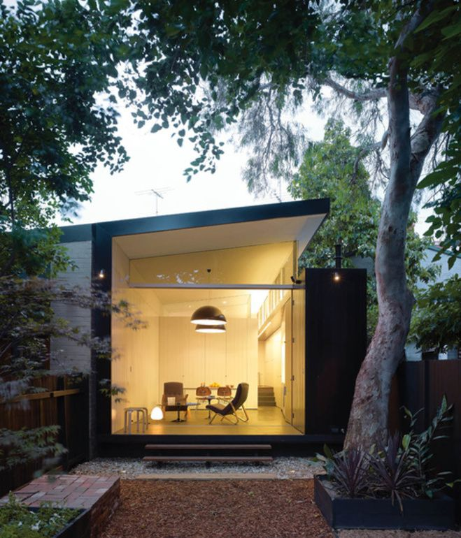 Without altering its turn-of-the-20th-century facade, architect Christopher Polly transformed the rear of this Newtown, Australia, home f...
