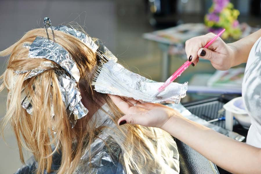 How To Highlight And Lowlight Your Hair At Home Using Aluminium Foil