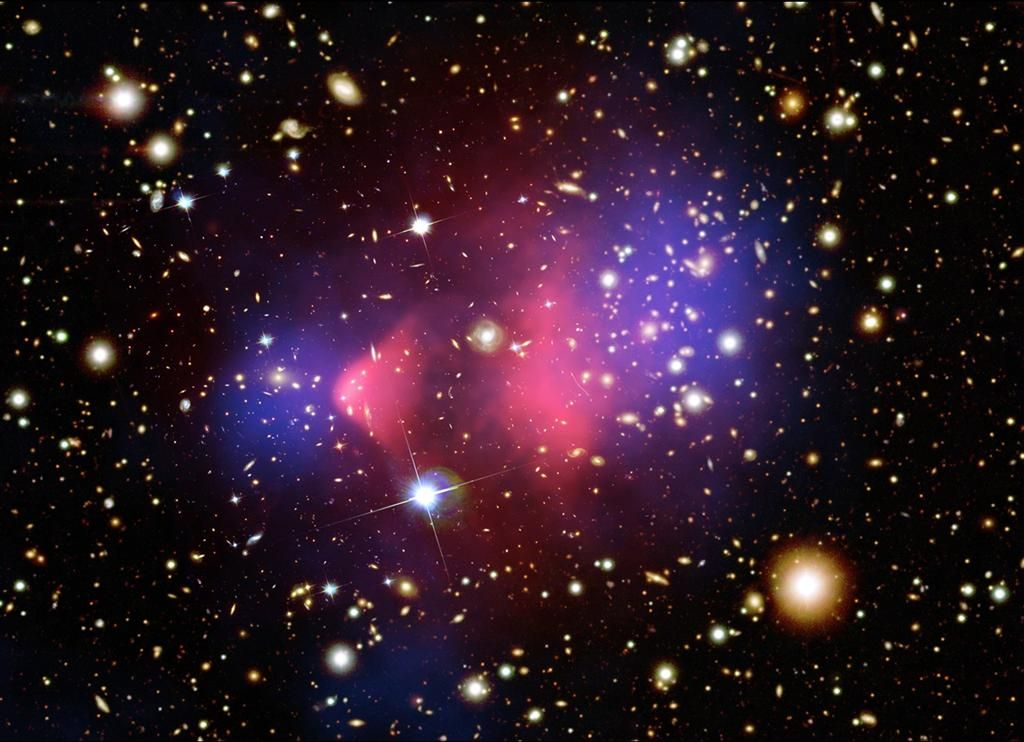 Gravitational Lensing and Dark Matter - Pics about space