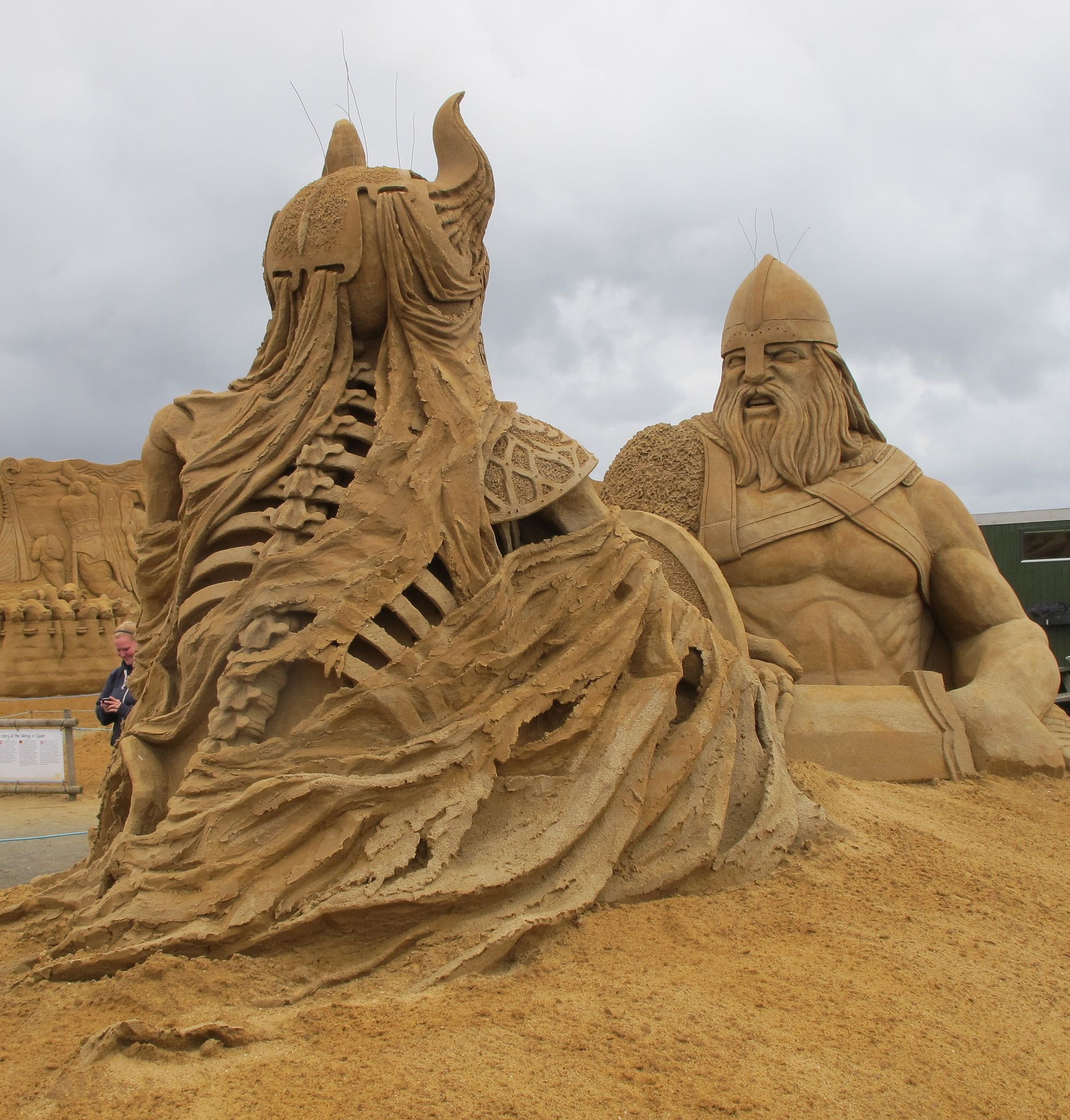 Pixable Closing Up Shop After One Crazy Awesome Ride Sand Sculptures Sand Castle Sand Art