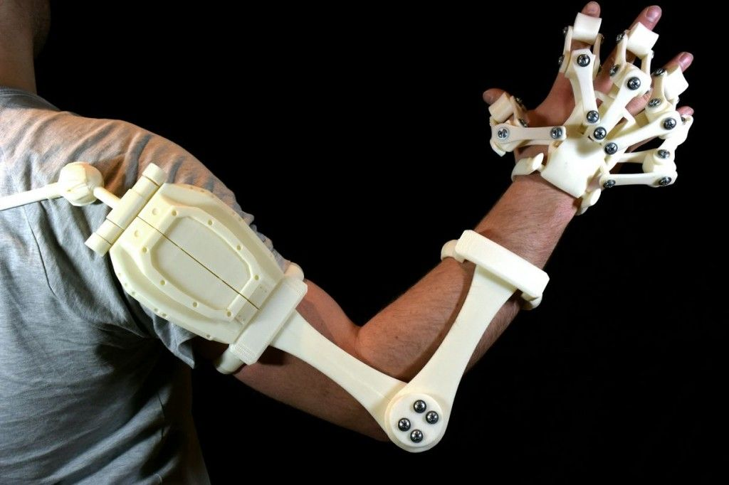 Alex Czech's 3D Printable Exoskeleton Hands are Now