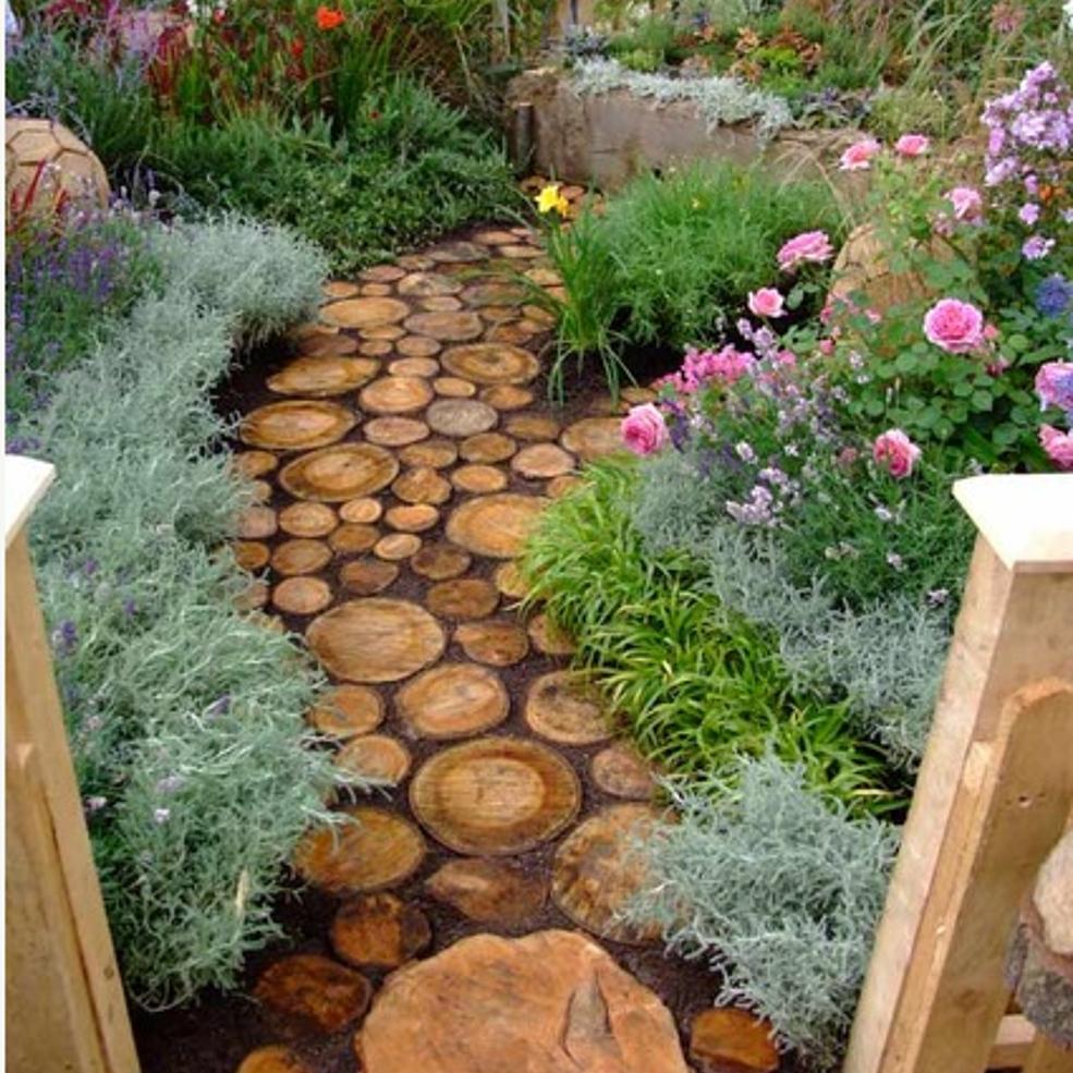 Cute DIY Garden Path Idea! | Garden paths, Paths and Gardens