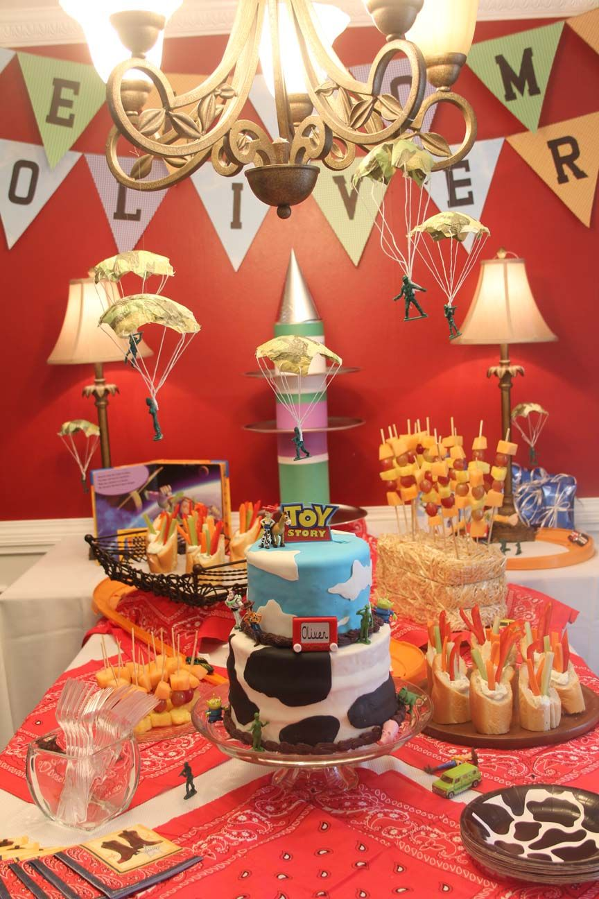 Toy Story Baby Shower Table
