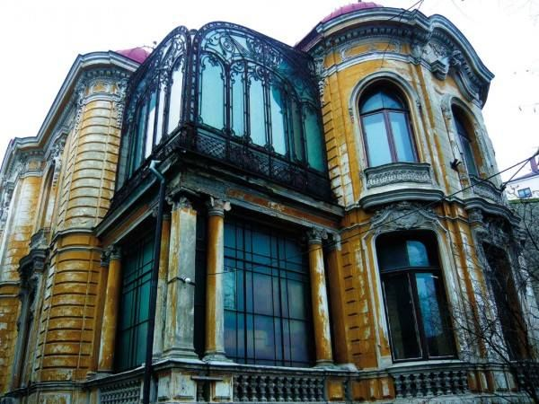 The Macca House From Bucharest Romania Built Between 1891 1900 Designed By The Romanian Architect Ion D Berindey In Ecl Romania Bucharest Bucharest Romania