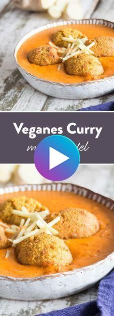 Indian street food: vegan tomato curry with falafel #vegandiet