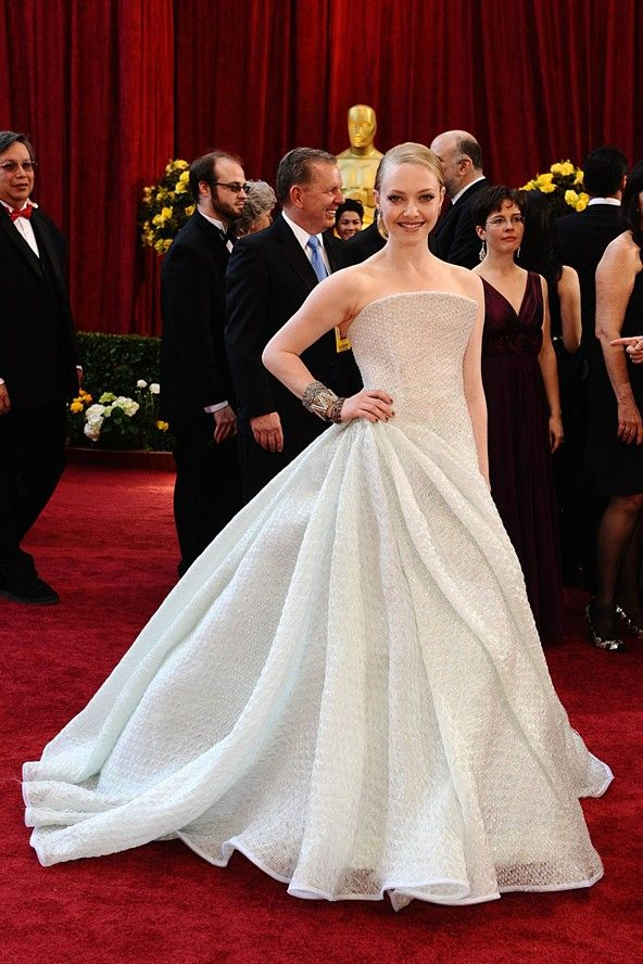 Amanda Seyfried Oscars 2010 Armani Privé SS 2010 | Red ...