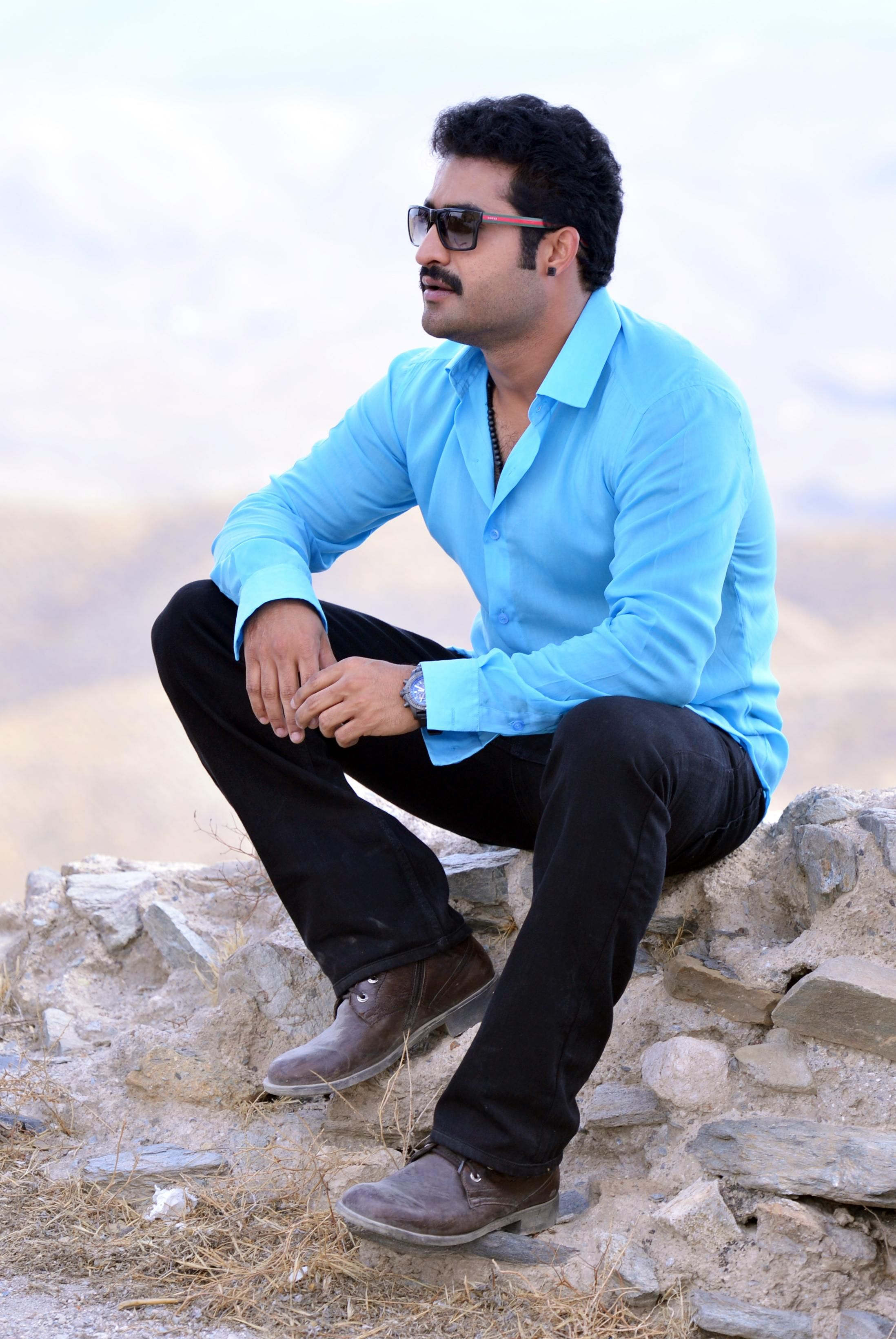 ntr in ramayya vasthavayya | 25cineframes | best games wallpapers