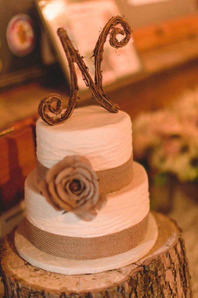 Country Wedding Cake Ideas Burlap Wedding Cake Wedding Cake