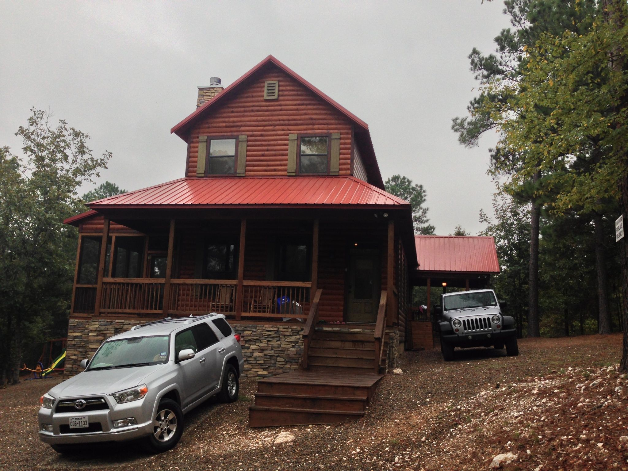 Turtle Ridge Log Cabin In Broken Bow, OK And Our Cars
