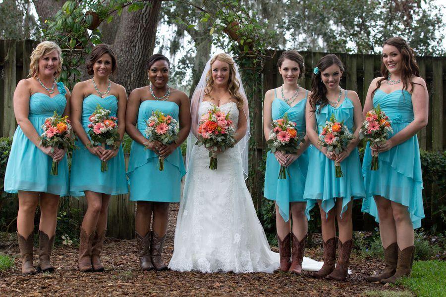 Florida Barn Wedding At Cross Creek Ranch Light Blue Bridesmaid Dressestiffany