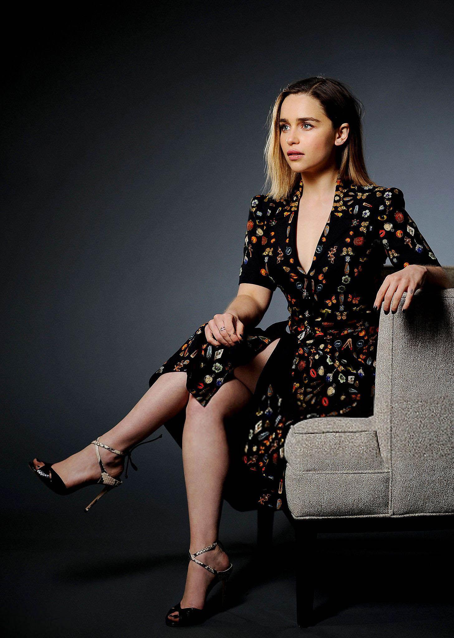 1000 images about emilia clarke on pinterest emilia - 1000 Images About Emilia Clarke On Pinterest Glamour Daenerys Targaryen And Game Of Thrones