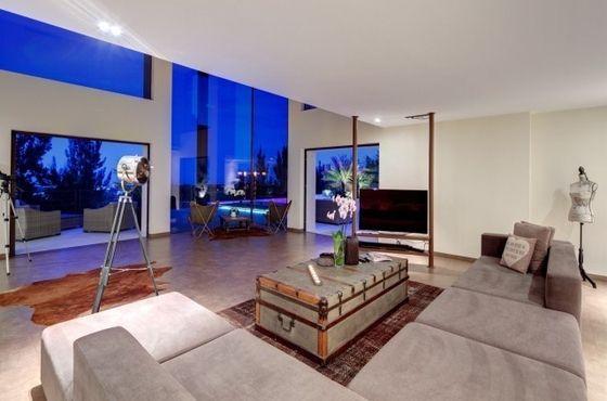 Salon ouvert sur l\'extérieur - Maison Vue mer Benahavis - Espagne ...