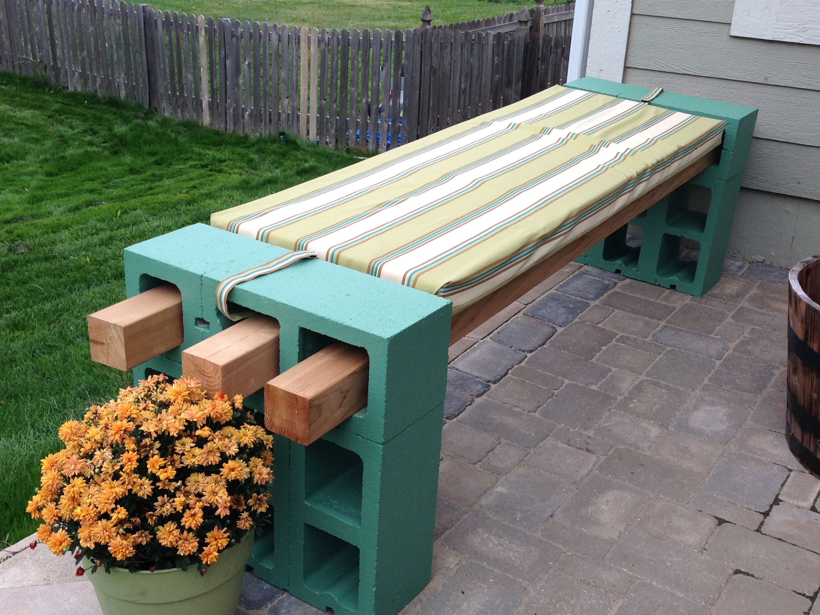 Cinder Block Bench Perfect For Your Patio Or Deck
