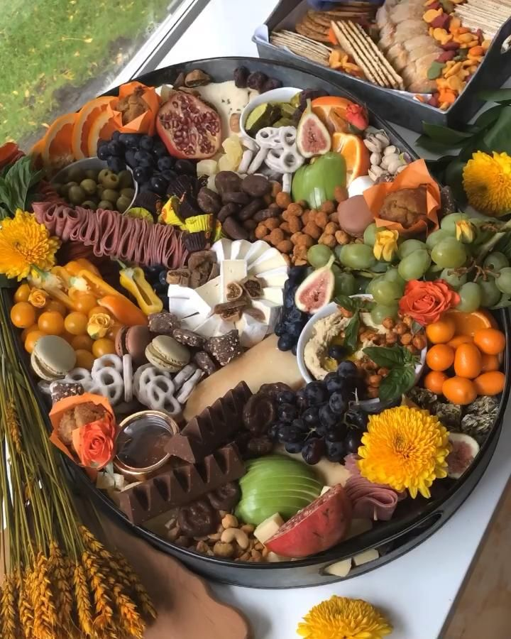 How to make a fall grazing board by The Platter Gi