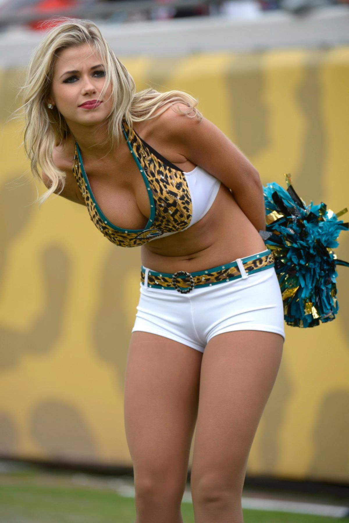 nfl cheerleaders show off their team spirit in week 15 | action
