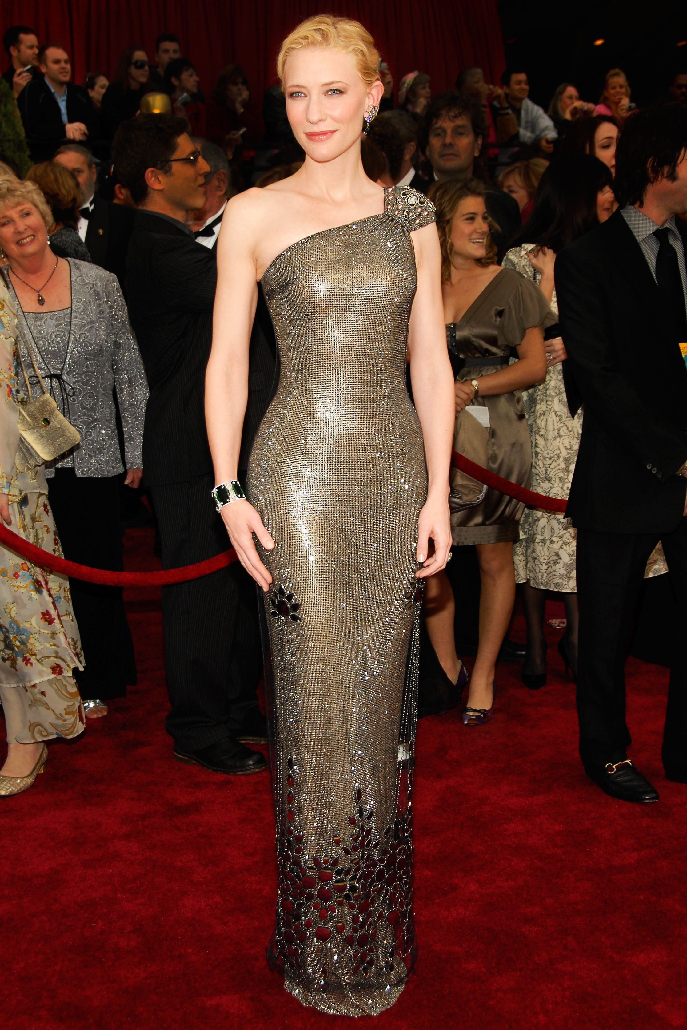 Cate Blanchett s Red Carpet Style - In Armani Prive 8554212ed216