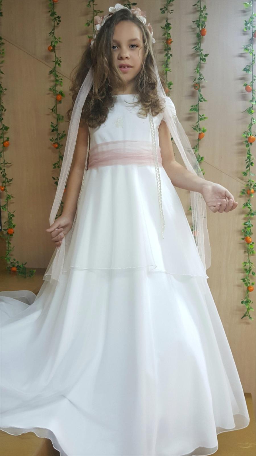 Screenshot_20171119-224338.png (900×1600) | vestidos de comunion en ...