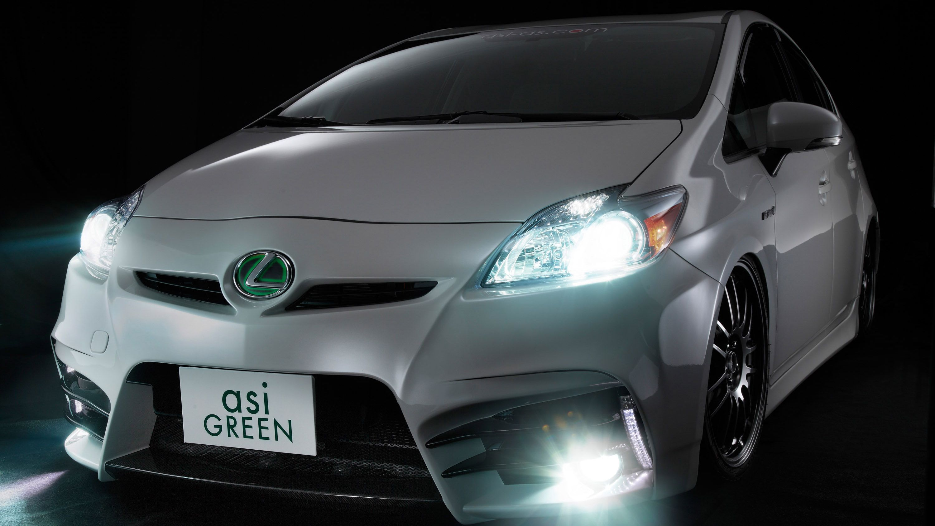 Toyota Prius 2010 Badged As Lexus Customized By Asi Green