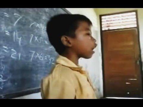 Video Anak Kecil Nyanyi Garuda Pancasila Asli Lucu Ngantor