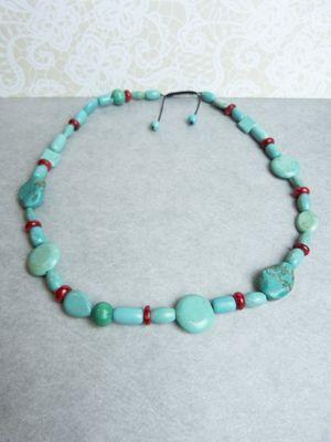 Nu SALE €35,- Prachtige natuurlijke Turquoise (Turkoois) en Koraal Edelsteen Ketting