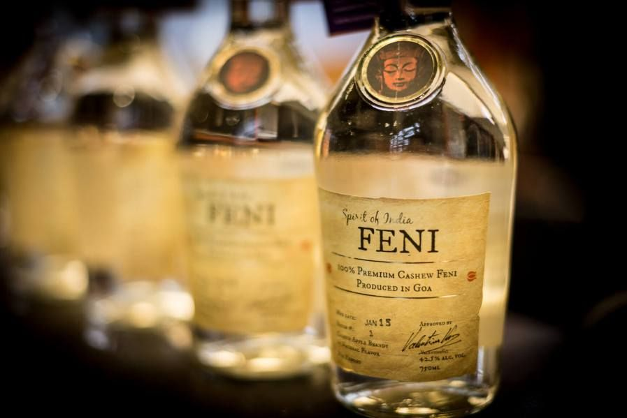 Most Famous Indian Alcoholic Beverages Feni Lime Drinks Alcohol