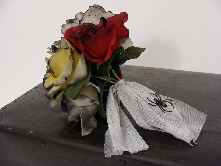 OOAK Zombie Flower Bouquet. Corpse Bride Bouquet. Dead Rose Bouquet ...
