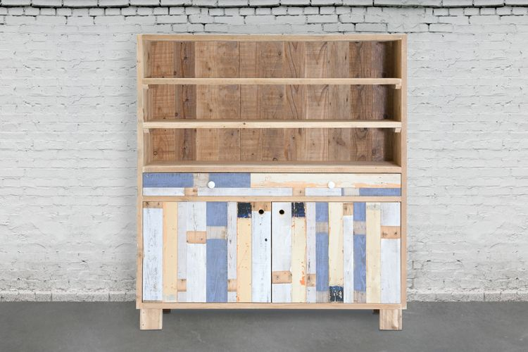 Alacena (armario alto) de madera de andamios y derribos / Cupboard from upgraded scaffolding and recycled wood (usame.es)